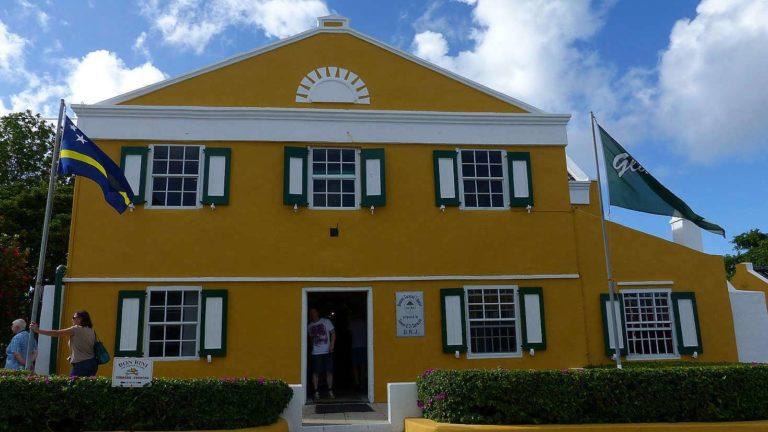 Chobolobo plantation, home of the blue curacao