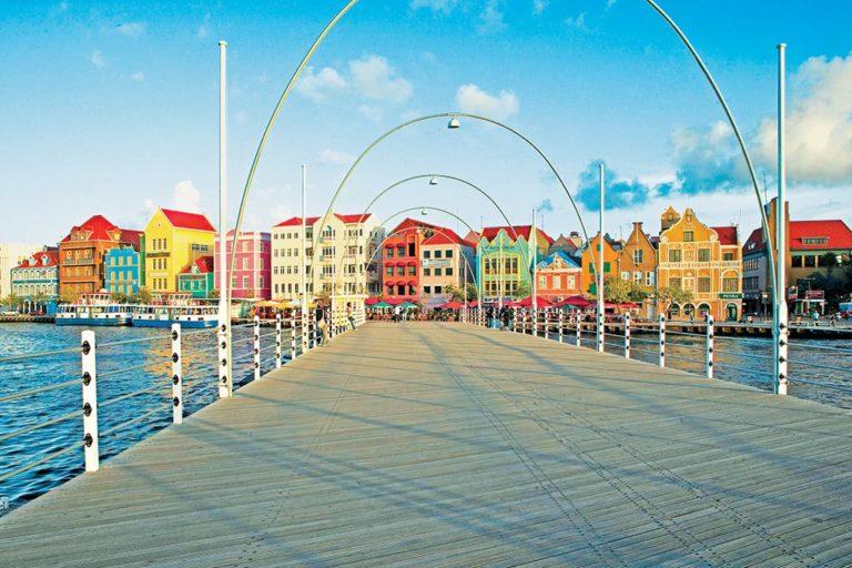 Quen Emma Bridge Curacao
